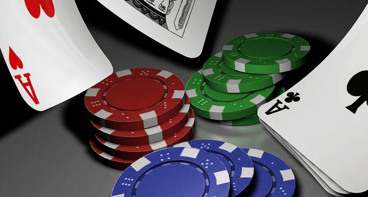 online poker, poker, gambling, jackpot, poker tips