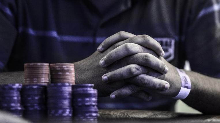poker, online poker, poker tips